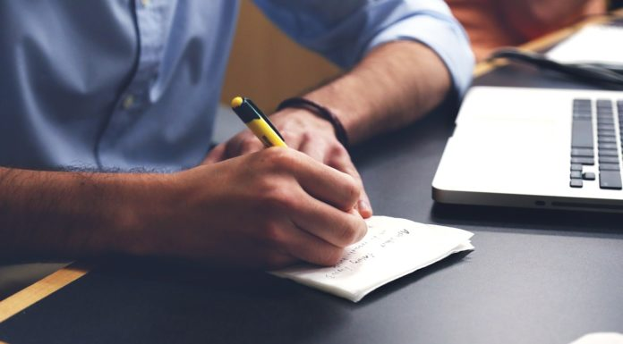 Review of Myassignmenthelp.com covering all details with regards to essay writing.